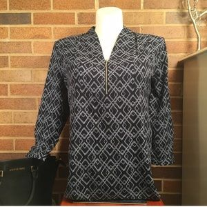 NWT!!! Zip front blouse